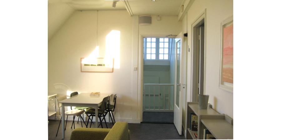 LaKaserna erfgoedlogies appartement (Bed and Breakfast) in Bad Nieuweschans. WOONKAMER.