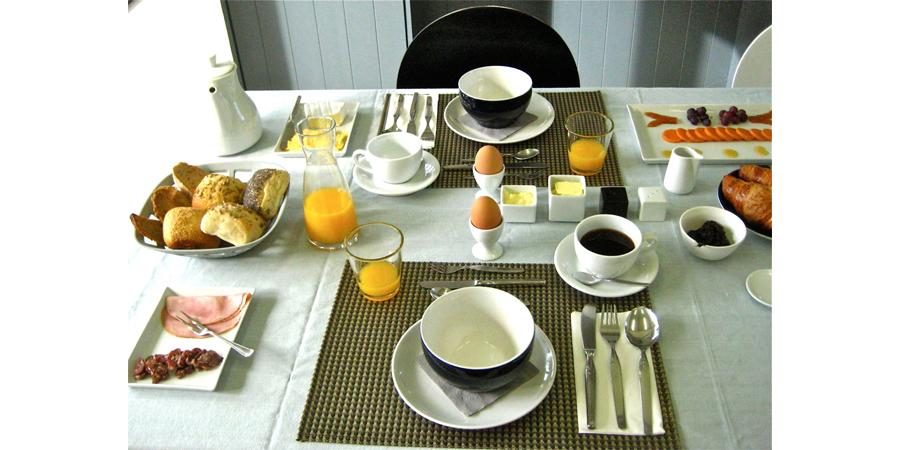 LaKaserna erfgoedlogies appartement (Bed and Breakfast) in Bad Nieuweschans. BREAKFAST